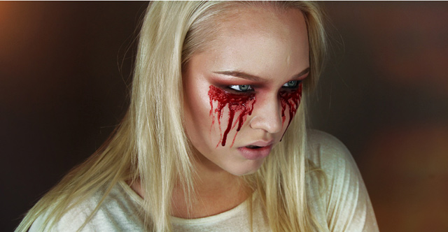 Makeup Tutorial: Easy Bloody Mary – Halloween | NikkieTutorials