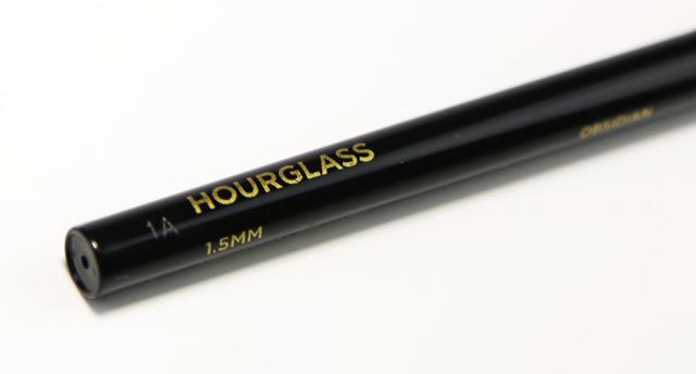 HourglassObsidian01